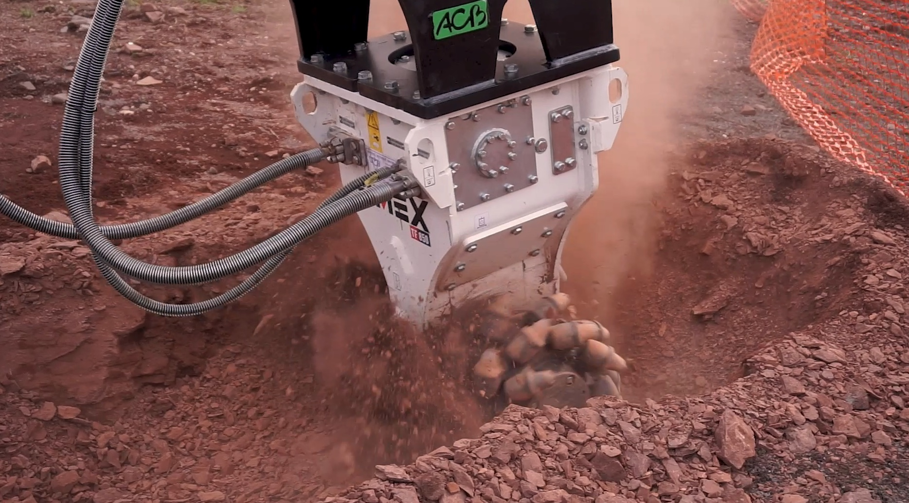 Simex TF 850, double-drum cutter heads: trenching in France